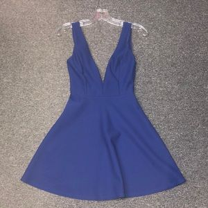 Solemio sweet and sexy Bow 🎀 low back dress